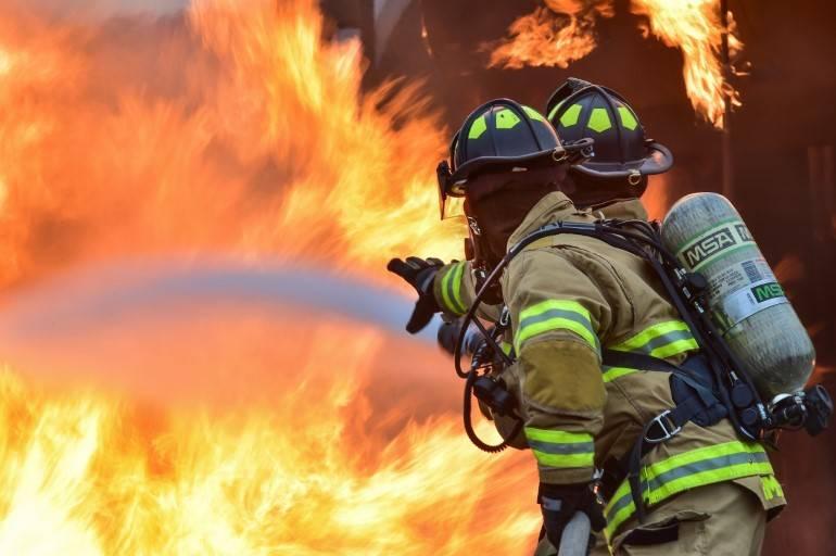 como evitar um incêndio dentro do ambiente de trabalho
