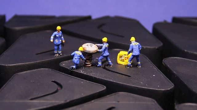 trabalhadores usando epi