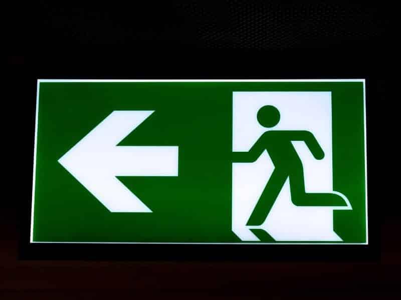 sinalização exit